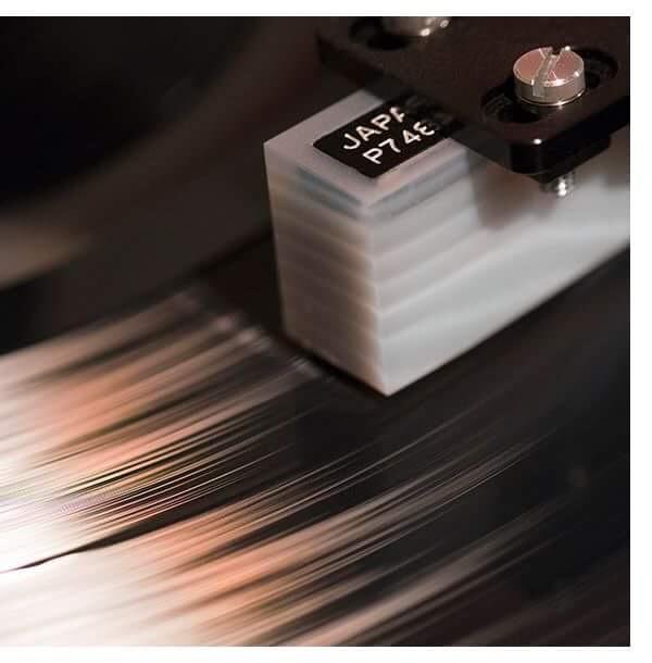 The Koetsu Onyx Platinum