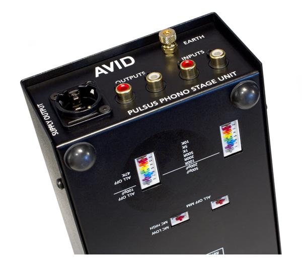 Категория.  106400р. фонокорректоры.  Фонокорректор для виниловых проигрывателей.  Для катриджей ММ и МС типа.