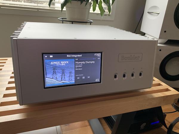 The Boulder 866 Integrated Amplifier